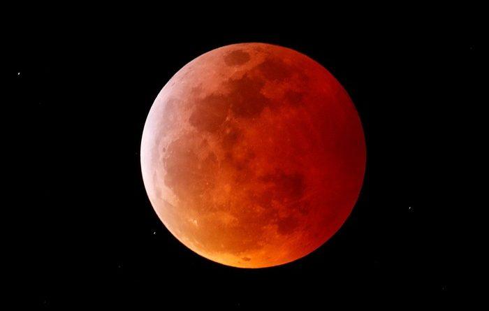 Gerhana Bulan Total Besok