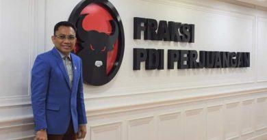 Ansy Lema : Kader PDI Perjuangan Harus Bergerak Sesuai Dengan Ideologi